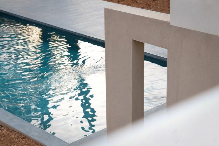 VILLA BAR : Contre plongée terrasse