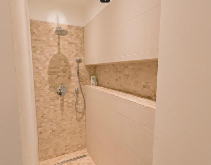Villa DFZ : Vue salle de bain